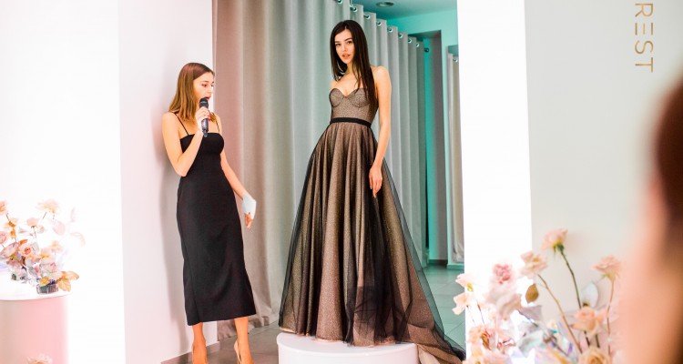 Презентация новой коллекции коктейльных и вечерних платьев